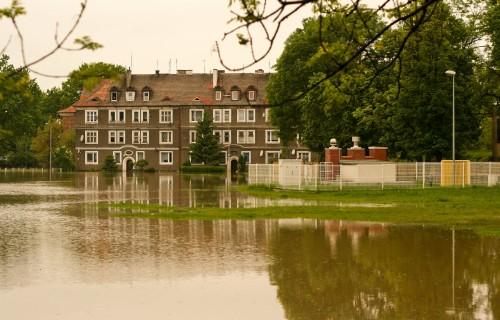 flooded_wooden_square_brzeg_poland